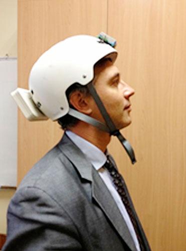 Diseño de un casco medidor de aceleraciones para corregir las señales vestibulares con ayuda de estimulación galvánica