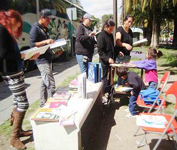 Biblioteca itinerante del Consejo Puebla de Lectura Barrio de Analco, Puebla, Pue.