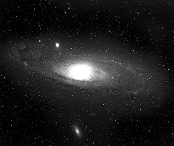 Galaxia M83 obtenida con la Cámara Schmidt de Tonantzintla. Archivo histórico INAOE
