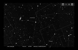 Carta para localizar M31, en la constelación de Andrómeda. Imagen construida utilizando Stellarium