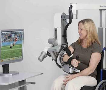 Imagen tomada de http://img.medicalexpo.es/images_me/photo-g/siste- ma-rehabilitacion-brazo-mano-configurado-ordenador-68750-110677.jpg