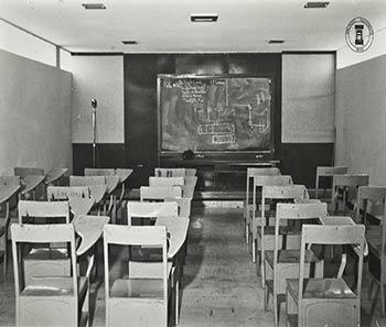 Salón de Conferencias de la escuela de Físico Matemáticas. Archivo Histórico BUAP. Colección Vida Universitaria
