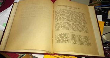 """El primer artículo del Boletín de los Observatorio de Tonantzintla y Tacubaya fue publicado el 1 de enero de 1952. Contenía un solo artículo escrito en Español con un pequeño resumen en Inglés, que llevaba como título """"Nuevas Nebulosas Planetarias y Objetos con Emisión en la Región del Centro Galáctico"""" el autor de dicho artículo era Guillermo Haro. Hasta antes de este artículo sólo se conocían 150 nebulosas planetarias, entre las más famosas nebulosas planetarias se encuentra la Nebulosa del Anillo, también conocida como M57 o NGC 6720. Haro reportó 67 nuevas nebulosas planetarias, rompiendo con ello la idea de que en toda la Galaxia no había más de 150 de estas nebulosas."""