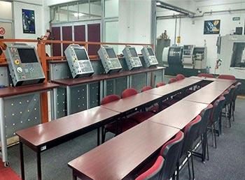 Laboratorio de CNC y espacio de entrenamiento