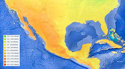 Mapa 1. Promedio anual de la irradiancia solar en México. Prácticamente todo nuestro territorio tiene la más alta calidad, por lo que a lo largo y ancho del país, esta energía se puede aprovechar disminu- yendo de forma importante el consumo de combustibles fósiles. Fuente: IRENA, 2018.